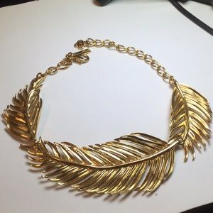Oscar de la Renta fern necklace